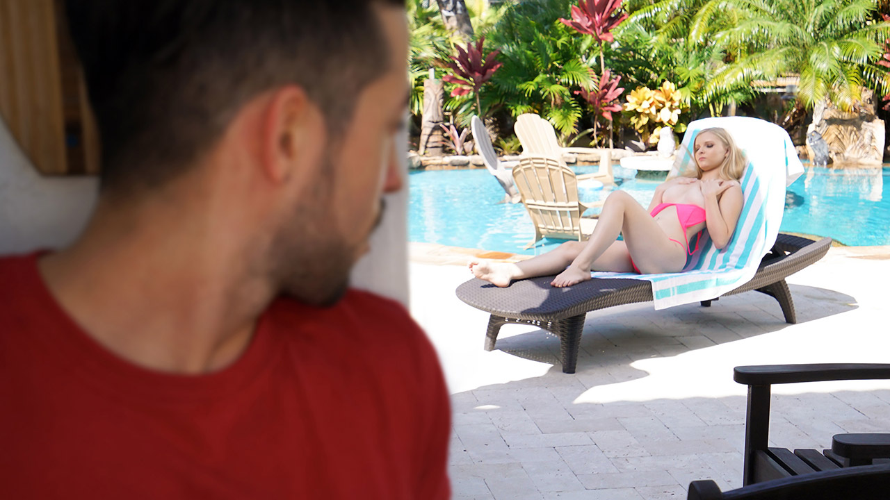 Such a Great Sis – Harlow West – FamilyStrokes